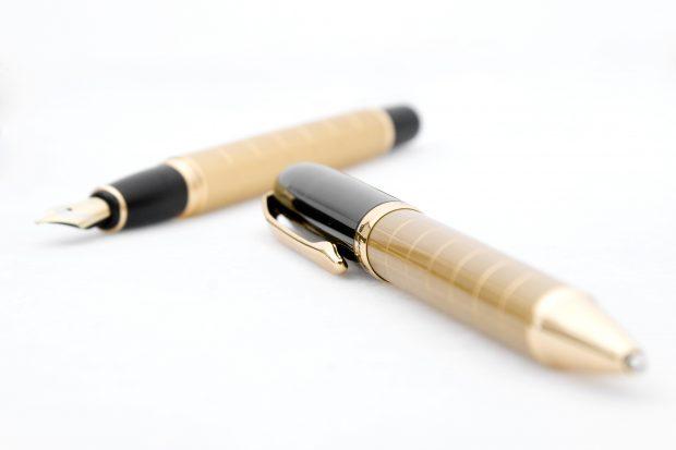 הדפסה על עטים בכמות קטנה